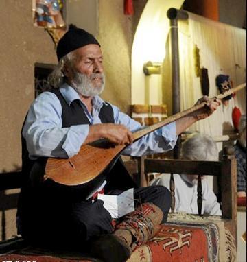 آلبوم جدید محمدرضا اسحاقی بنام عاشقانه ها